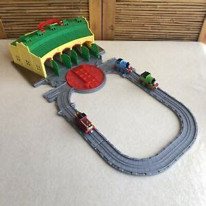 thomas  friends   play tidmouth sheds portable