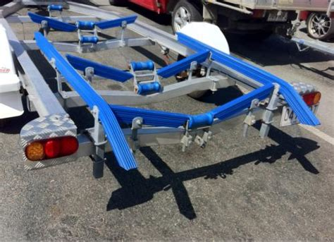 Boat Trailer Rollers And Skids by How To Adjust Boat Trailer Bunks