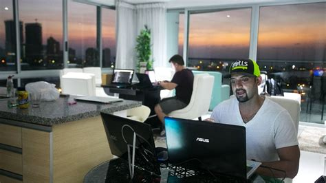 day trading day in the with successful day trader and ceo kunal