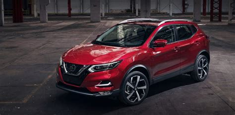 nissan rogue specs release date redesign
