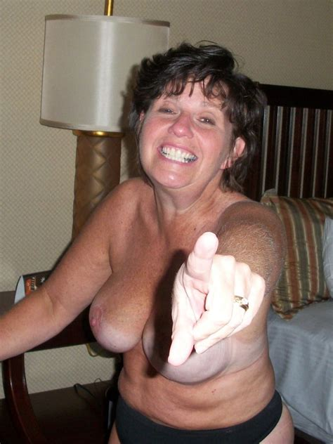 Name The Whore Linda Older Milf Exposed Loves From