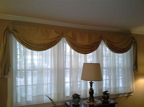 Swag Valances Window Treatments by Fishtail Swag Curtain On Large Window Sewing