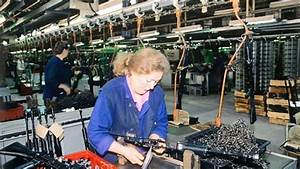 LBCI News | Russias Kalashnikov to open weapons factory in ...