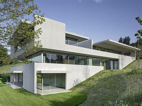 Moderne Häuser Hanglage by B 228 R Heule Architekten Ag Haus In 2019