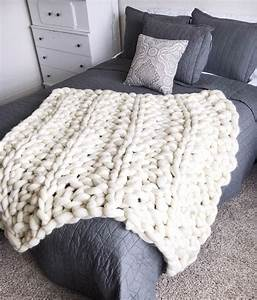 Chunky Knit Decke : giant chunky arm knit blanket by creationsbykaitlan on etsy ~ Whattoseeinmadrid.com Haus und Dekorationen