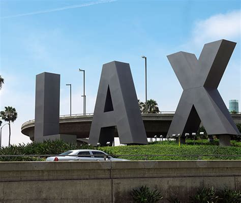 Limo Service Los Angeles by Lax Airport Limo Masters Limousine Los Angeles Airport