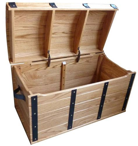 amish toy boxes  wonderful piece  furniture treasure chest
