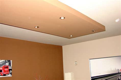 cuisine faux plafond plafonds suspendus peinture installation montage