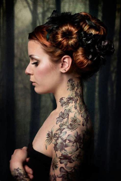 tatouages fleurs les tatouages