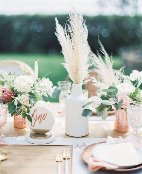 unique ways  include pampas grass   wedding