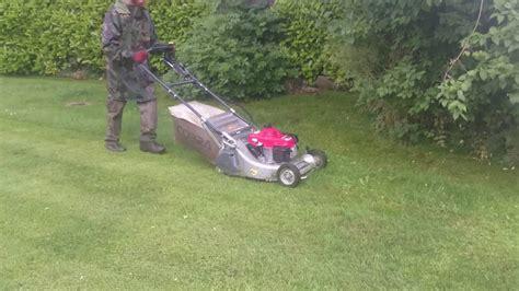 Cobra Pro Lawn Mower Cutting Wet Grass In The Rain Still