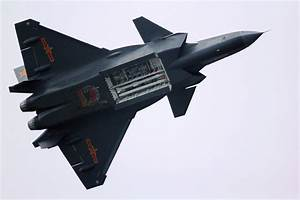 Weapons bay of China's J20 fighter revealed - People's ...