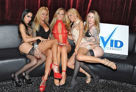 First Photos Porn Legend Tabitha Stevens Hosted Vip Party For Britney Shannon At Vivid Cabaret