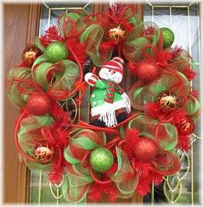 Snowman Christmas Deco Mesh Wreath for Holiday Decoration