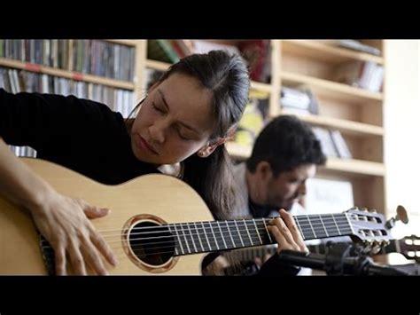 Adele Tiny Desk Concert Rodrigo Y Gabriela Npr Tiny Desk Concert