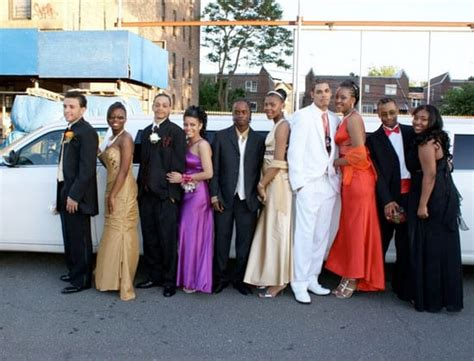Prom Limo Service by Prom Limousine Service Island High School Prom