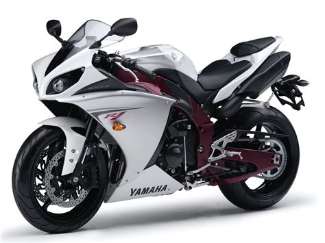 Yamaha R1 Bike  Beautiful Cool Wallpapers