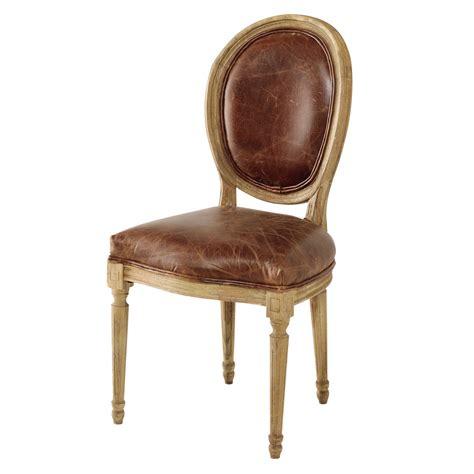chaise en chaise médaillon en cuir et chêne massif marron louis