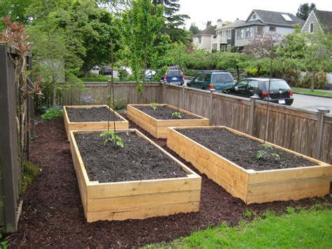 How To Build Raised Beds « Growtestorg