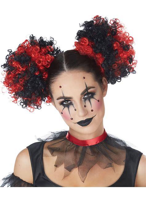 clown puffs red black