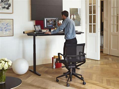 travailler debout bureau pourquoi travailler debout devrait être un droit