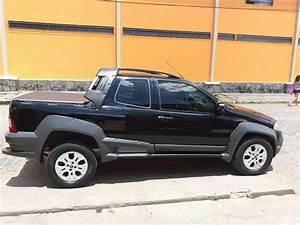 Fiat Strada 2010 1 8 R  32 000 Em Campina Grande