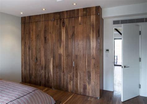 Pivot Hinges For Closet Doors by Pivot Hinge Closet Doors Closet