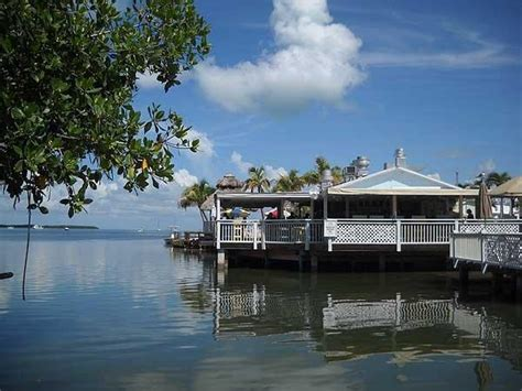 Key West Tiki Bar Boats by 7 Great Tiki Bars In The Florida Sun Sentinel