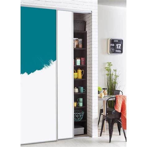 meuble cuisine porte coulissante porte de placard coulissante a peindre ou à tapisser