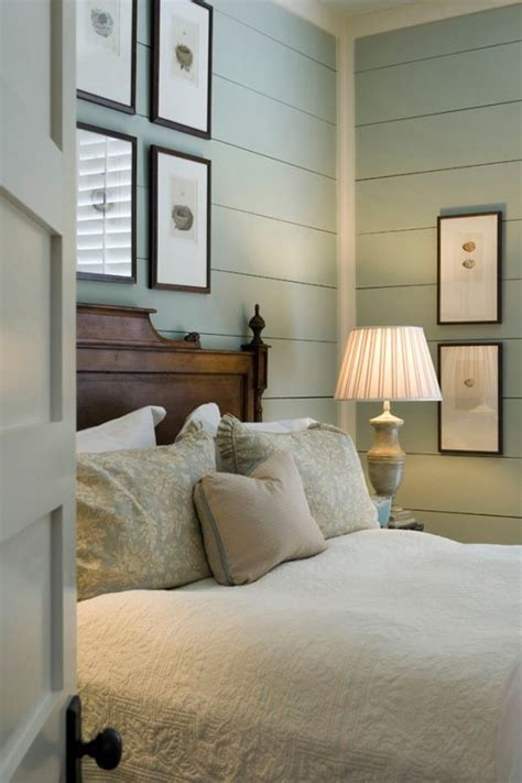 modern cottage bedroom best 25 cottage style ideas on cottage style 12556 | 3fd3dc44551c9c4fc53dac52d7b21f53 planked walls cottage bedrooms