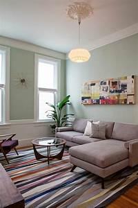 Einrichtung wohnzimmer vintage m bel farbiger teppich for Einrichtung wohnzimmer