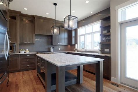 how to tile your kitchen 1000 ideas about taupe kitchen on taupe 7372