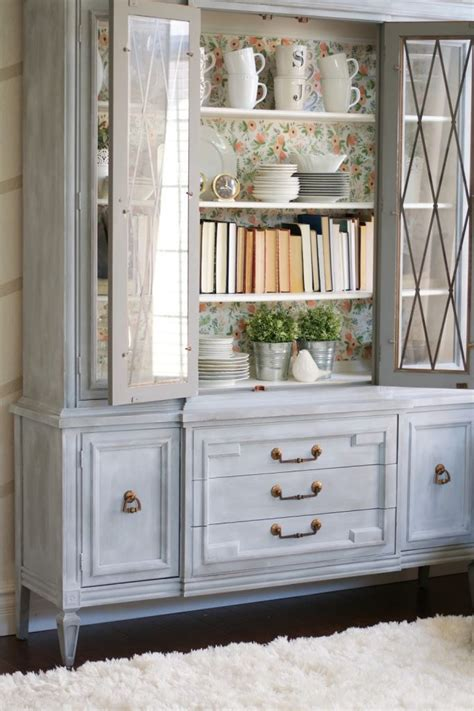 Painted Hutch Ideas - chalk paint powder hutch makeover