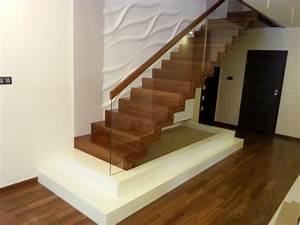 Treppen Im Haus : wir haben ihre neue treppe zum besten preis f r ihr haus ~ Lizthompson.info Haus und Dekorationen