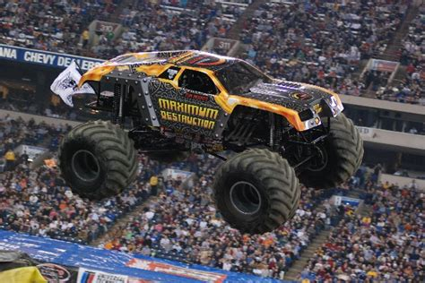 monster truck show indianapolis indianapolis indiana monster jam january 26 2008