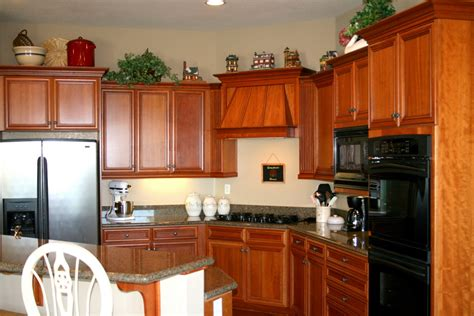 amazing kitchen designs amazing kitchen cabinet layout with wooden accent amaza 1222