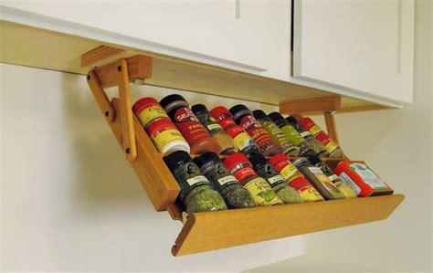 cuisine vieux bois 1001 idées étagère à épices pimentez la déco de votre