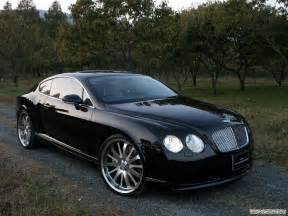 Car Bentley Continental GT