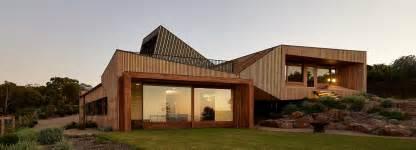 bkk architects designs split level house on offset topography - Split Level House Designs