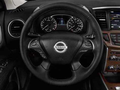image  nissan pathfinder  platinum steering wheel