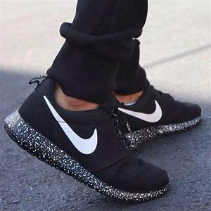 Shoes: nike roshe run, nike roshes floral, mens shoes ...