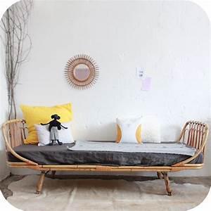 Lit En Rotin : lit rotin vintage banquette day bed atelier du petit parc ~ Teatrodelosmanantiales.com Idées de Décoration