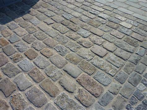 pave pour cour exterieure pav 233 s vieillis en gr 232 s ou granit vente de pav 232 s vieillis