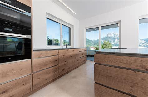Linien erste klasse mit haus : Ein Haus mit klaren Linien » Haberl Türen