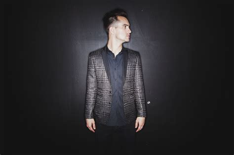 Brendon Urie Of Panic! At The Disco Covers Frank Sinatra