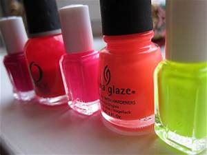 Nails of the Week Neon Ombre Nails