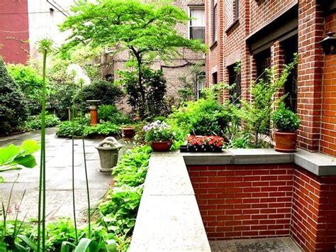 Wohnung Mit Garten by Garden Apartment What Is A Garden Apartment Anyway