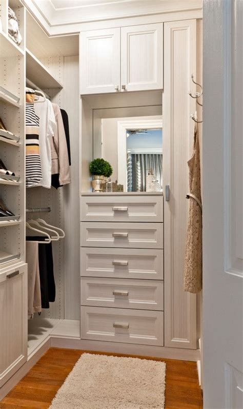 Bedroom Closet Design by Small Closet S Tips And Tricks Small Closets Bedroom