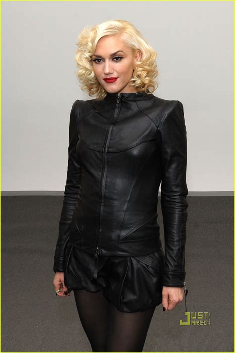 Full Sized Photo of gwen stefani ny fashion week 10