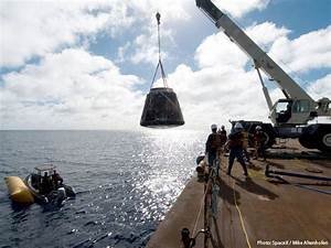 SpaceX Dragon COTS Demo-1 recovery cover? - collectSPACE ...